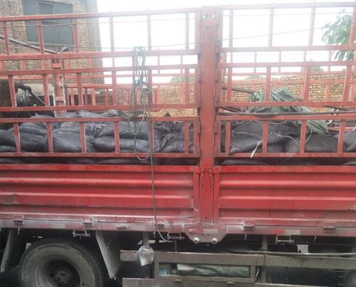 10吨暖宝活性炭发天津