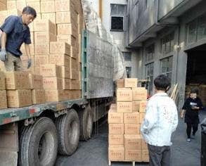 蜂窝活性炭80个立方发往吉林